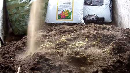 Sprinkle Azomite over entire pile of cannabis super soil