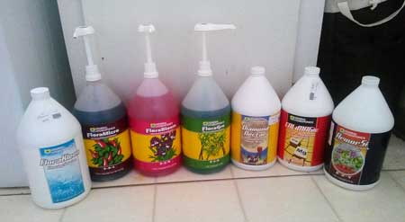 General Hydroponics Flora lineup, including the main trio and additional supplements