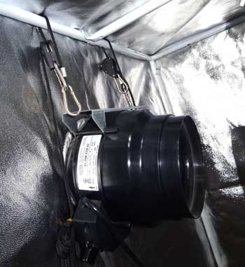 Hang your exhaust fan from the top of the grow tent using nylon rope, industrial zip ties or even rope ratchets to make the fan run a lot quieter