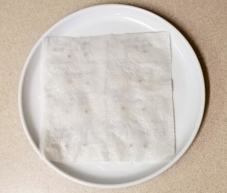 Cover your marijuana seeds with another wet paper towel