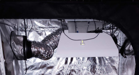 Example of an exhaust system with the exhaust fan in the port